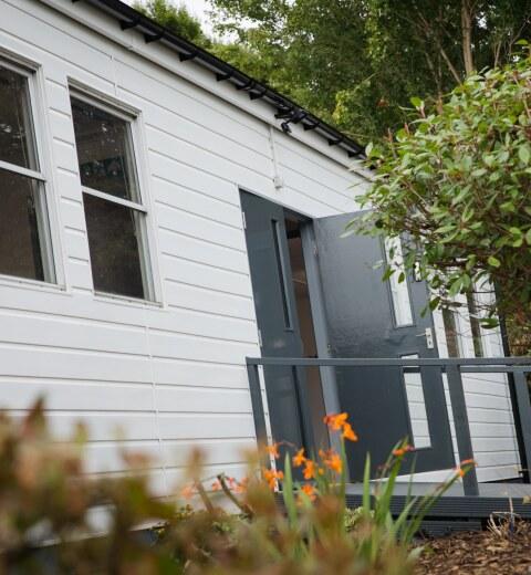 Community learning hub opens at Bromley Pensnett Primary School