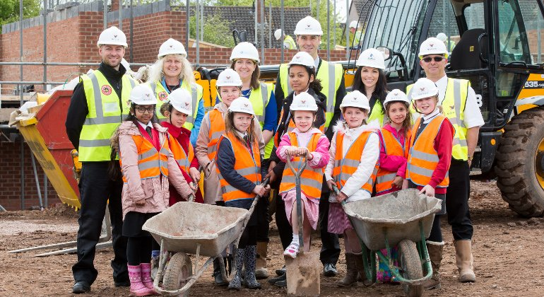 Novus hosts site visit for Stafford schoolgirls