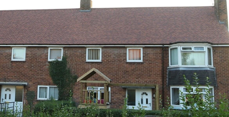 wrexham roofing contract